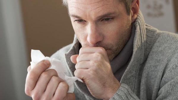 Cильный кашель