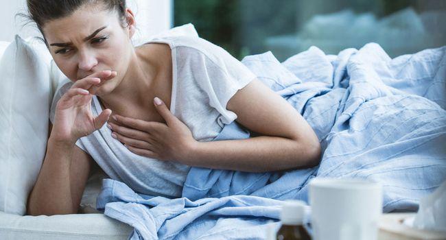 Сильный кашель у женщины