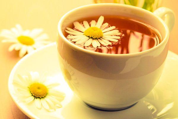Вкусный ромашковый чай при сильном кашле