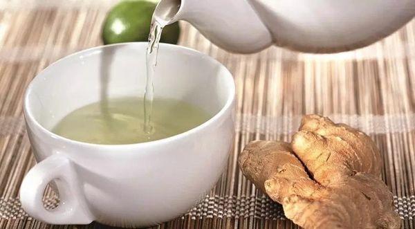 Заваривание чая с имбирным корнем