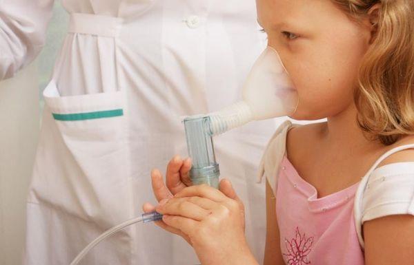 Ингаляция с помощью небулайзера при кашле